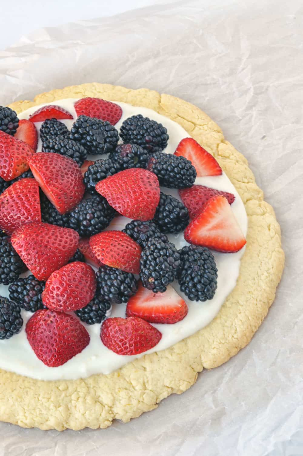 summer berry fruit pizza