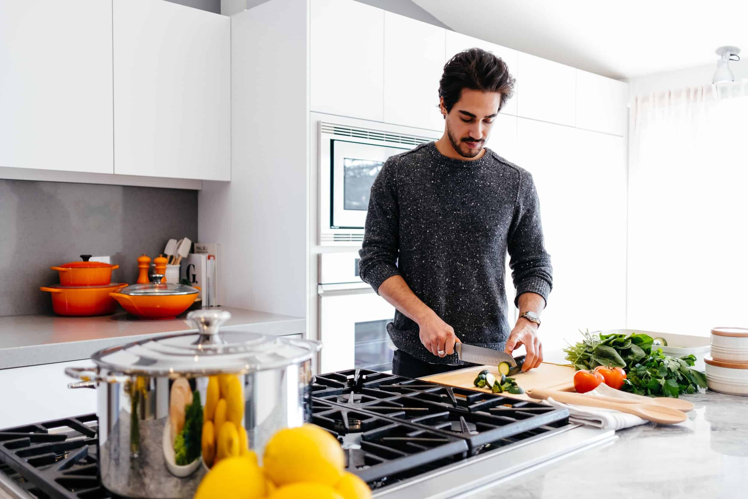 Best Gifts for Guys Who Like to Cook